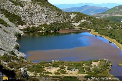 Cueto de Arbás, paisajes originados por los glaciares en la alta montaña de Fuentes del Narcea