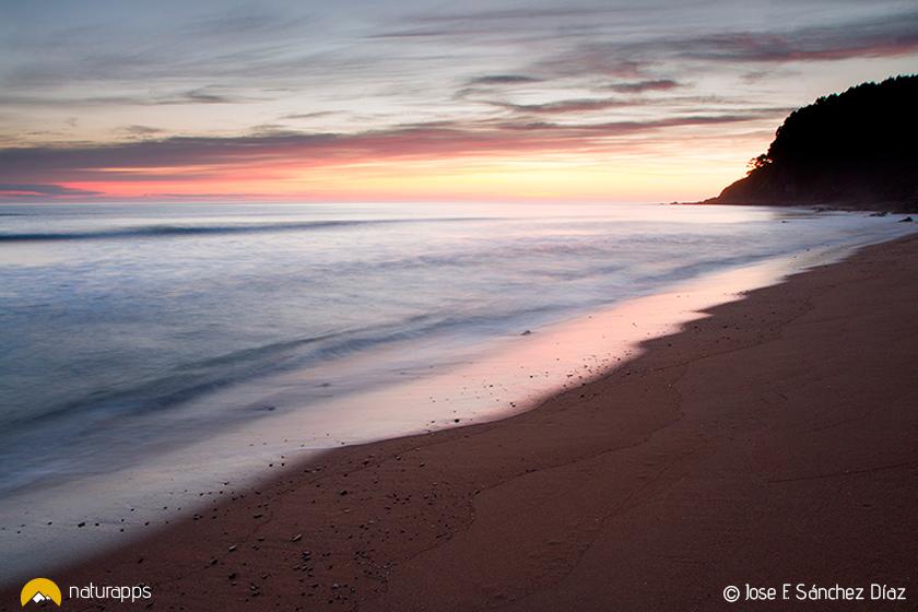Amanecer en la playa de La Griega